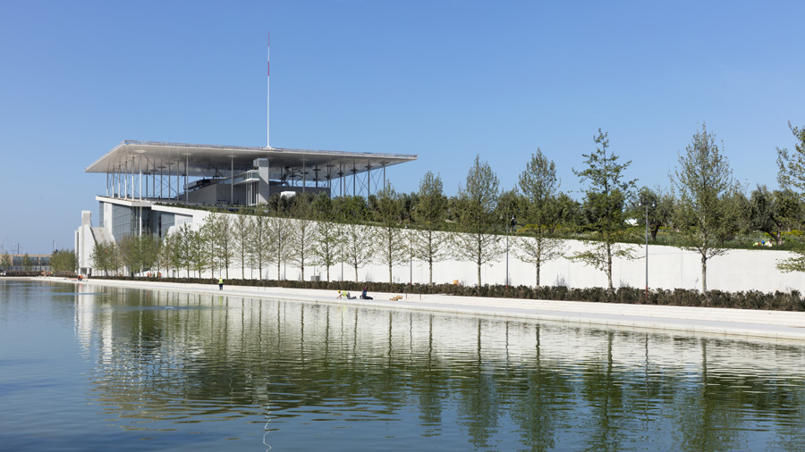 Safety and wind comfort for the Cultural Center of the Stavros Niarchos Foundation
