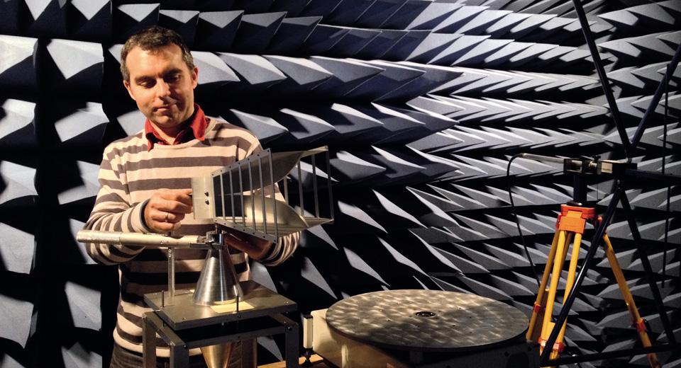 L'étude des champs électromagnétiques grâce à la plateforme Phéline