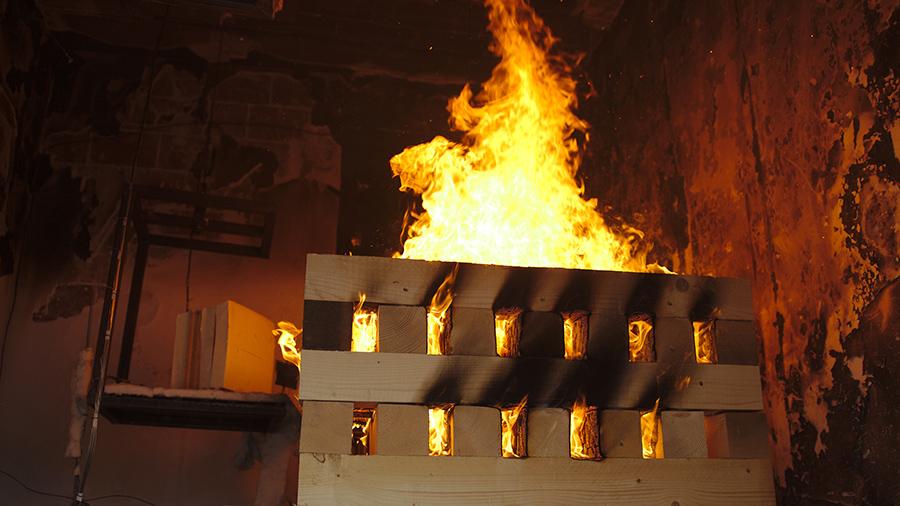 Essais feu dans un immeuble d'habitation : une expérience inédite dans le monde de la recherche