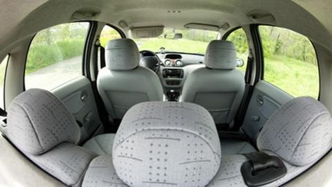 Qualification of air tightness of automobile interiors